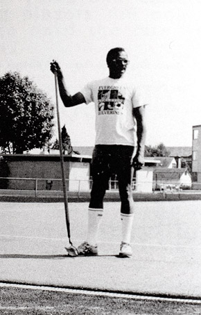 Tyrone-Curry_2